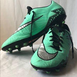 Nike Women's Hypervenom Soccer Cleats Size 8